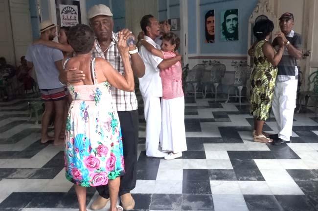 Voyage en immersion à Cuba apprendre la salsa