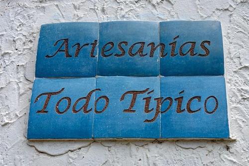 artesania tipico pueblo blancos proche Granada