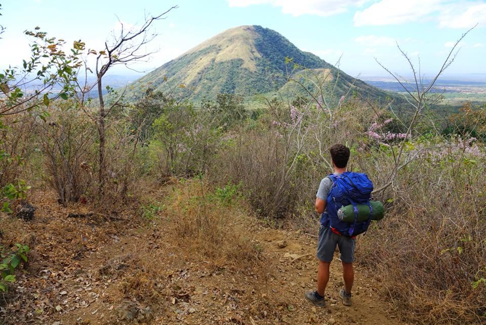 ascension volcans cerro negro et el hoyo nicaragua