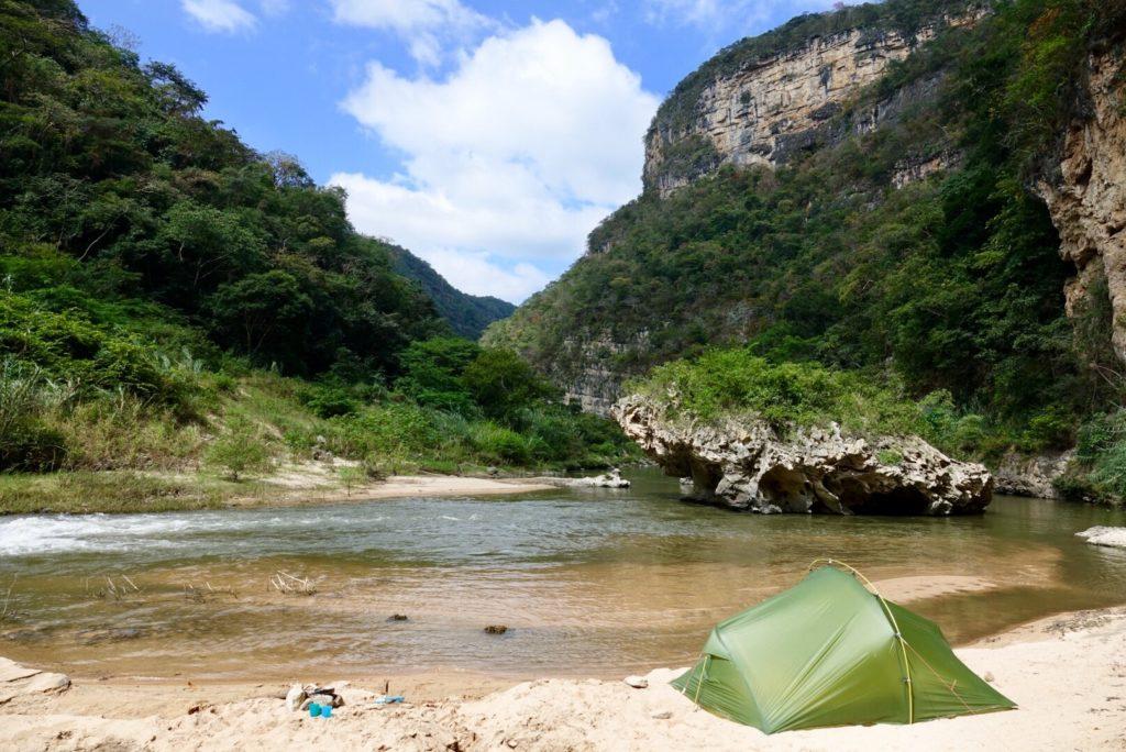 Cascade El Aguacero Chiapas