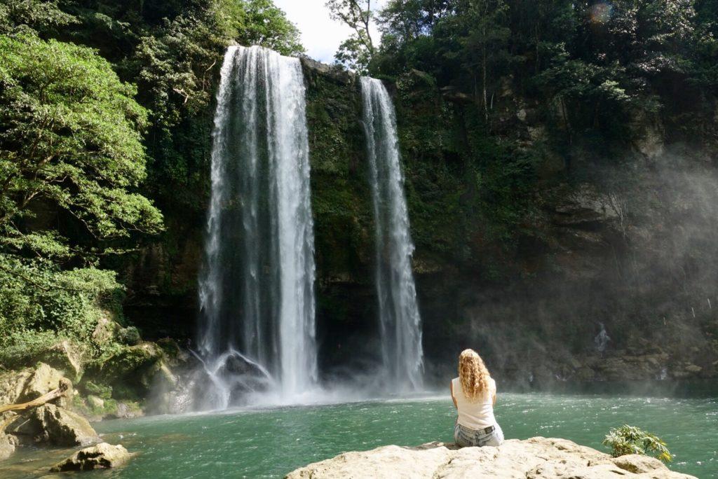 Visiter la cascade Misol-Ha aux environs de Palenque , Chiapas