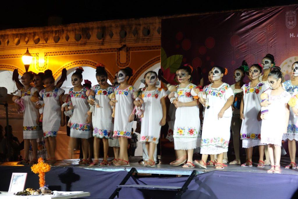 visiter Izamal à la fête des morts Yucatan Mexique