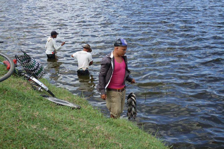 Immersion pêche avec des cubains