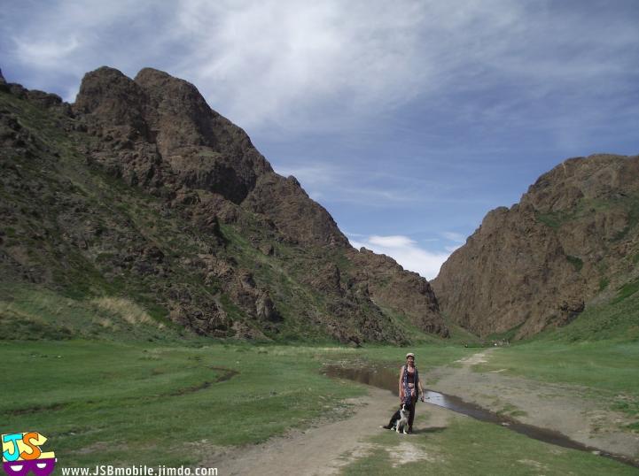 itineraire de voyage en mongolie neige vallee