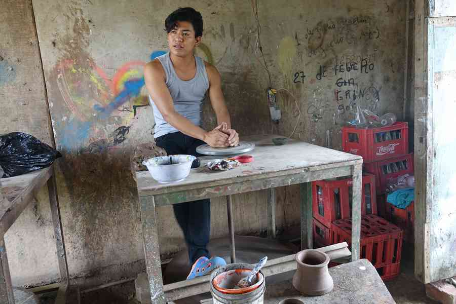 artisan potier san juan de oriente