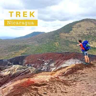 Trek des volcans Cerro Negro et El Hoyo jusqu'à la Laguna Asososco